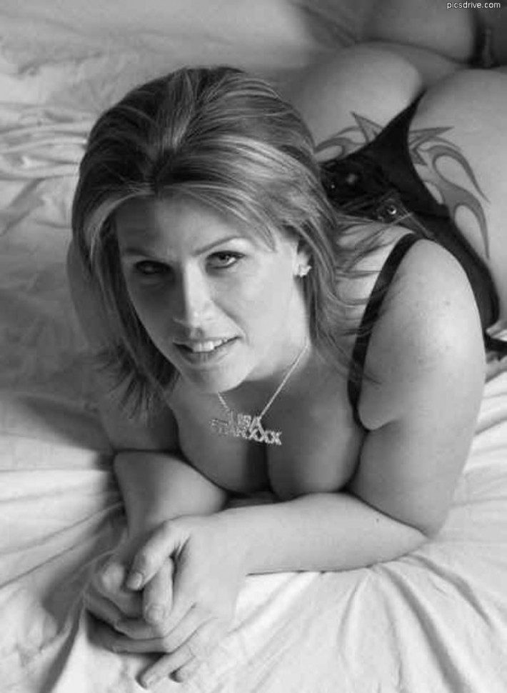 Lisa Sparxxx Black and White