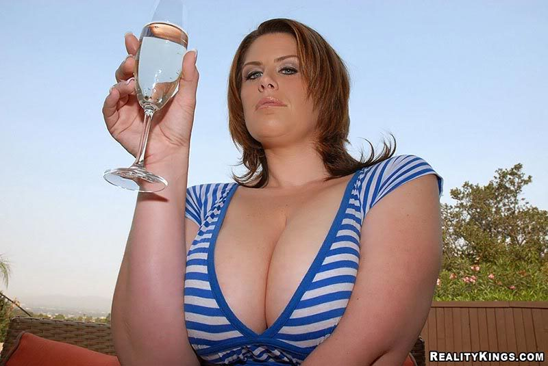 Lisa Sparks Drinks Champagne