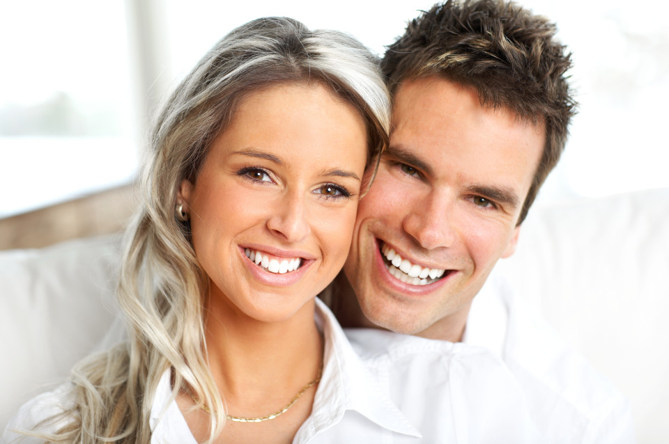 couple-smiling