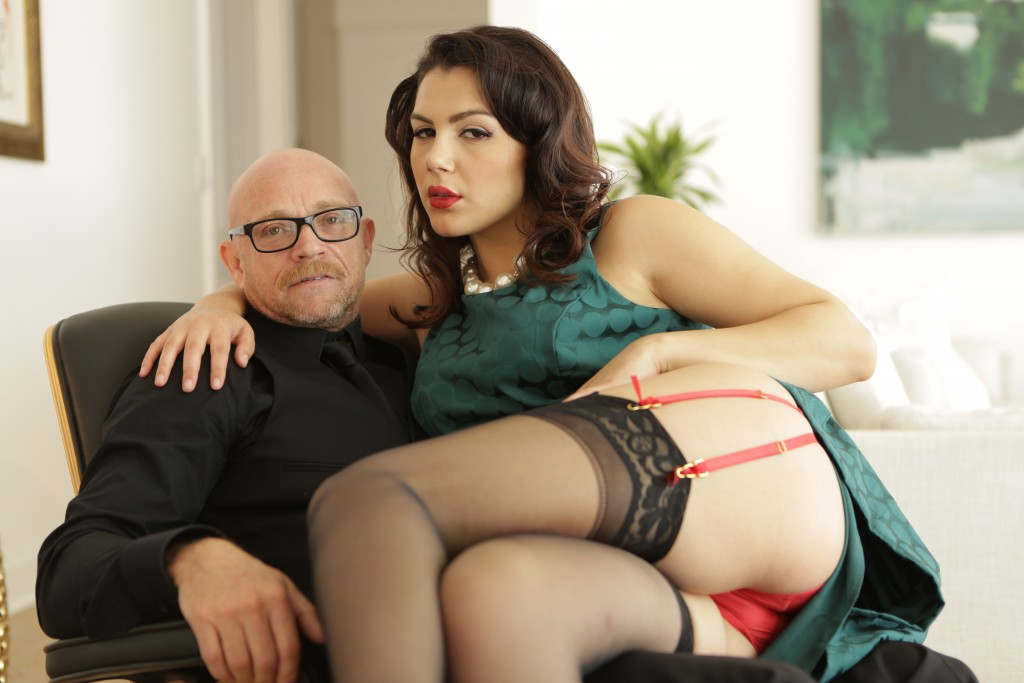 Buck Angel & Valentina Nappi dans GIrl/Boy 2