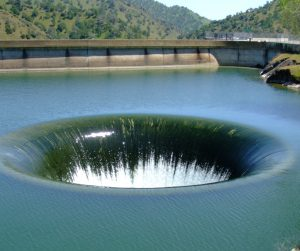 monticello_dam_drain_glory_hole_usa4